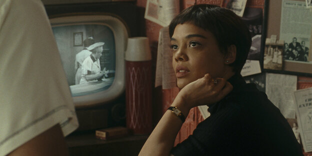 "Schauspielerin Tessa Thompson in dem Film ""Sylvie's Love"""