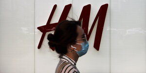 Im Kreuzfeuer: H&M-Filliale in einer Pekinger Shopping Mall