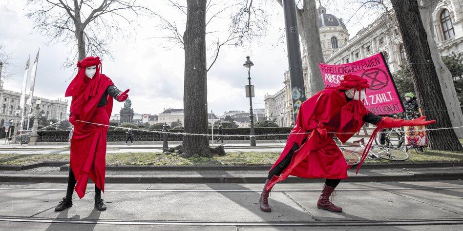 -lkonzern-wird-Spionage-vorgeworfen-Mit-MI6-Agenten-gegen-Greenpeace