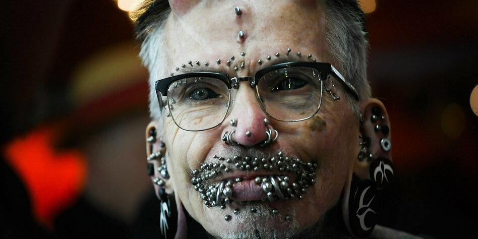 Mann tattoo spruch unterarm Tendance Tattoo