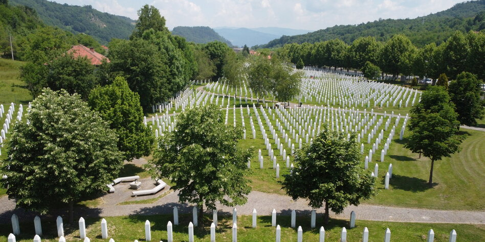 Gesetz gegen Genozid-Leugnung: Bosniens Serben kündigen Boykott an