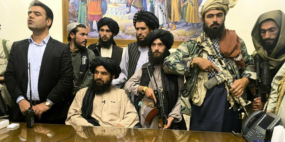 Taliban übernehmen Afghanistan: Die letzten Tage von Kabul - taz.de