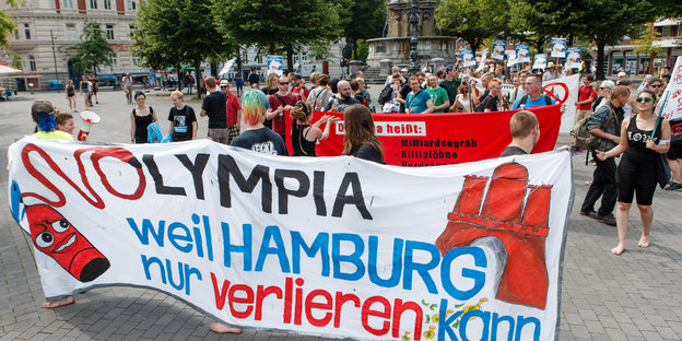 Olympia-Gegner demonstrieren in Hamburg