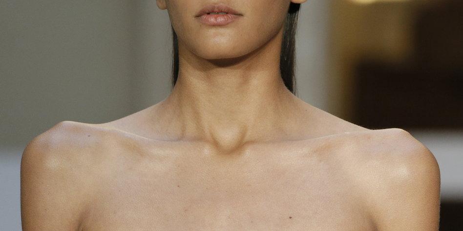 Skinny Models Paris Fashion Week