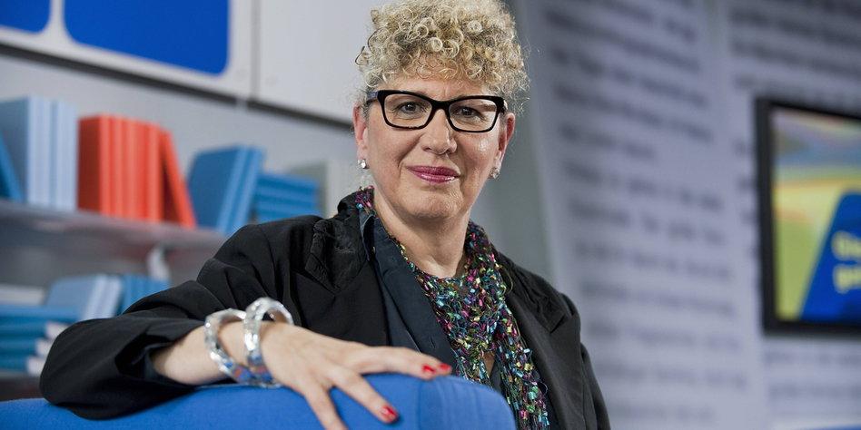 Israelische Schriftstellerin Lizzie Doron: Dialog unter ...  Israelische Sch...