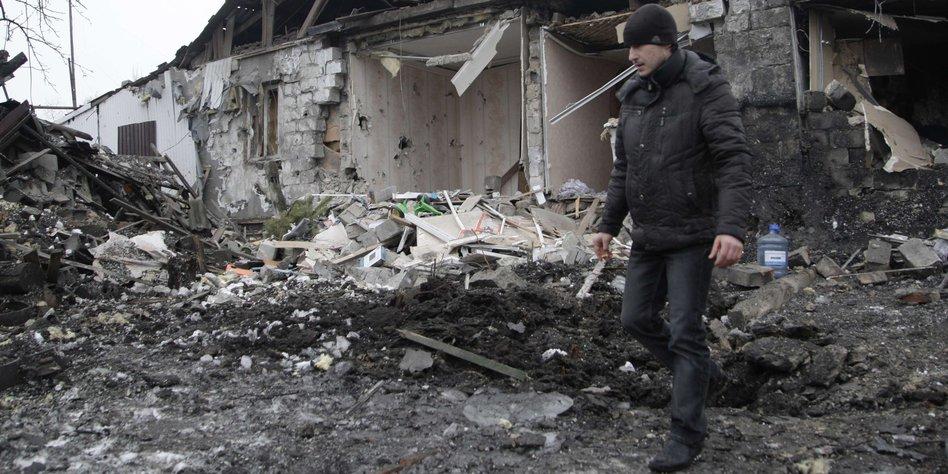 krieg im osten der ukraine weiterz ndeln solange es geht. Black Bedroom Furniture Sets. Home Design Ideas
