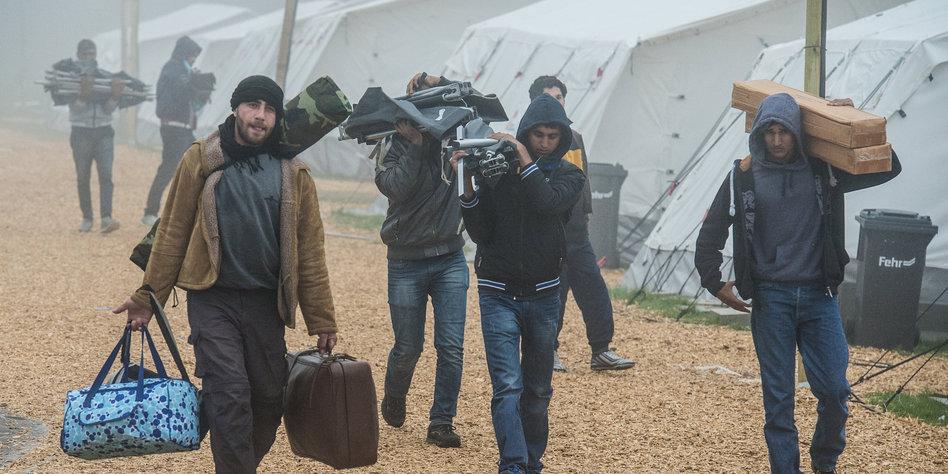 Zeltstadt Flüchtlinge
