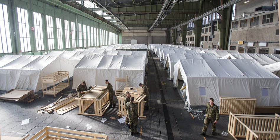 unterkunft f r fl chtlinge in berlin flughafen tempelhof startbereit. Black Bedroom Furniture Sets. Home Design Ideas