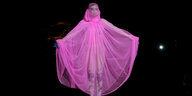 Lady Gaga im pinken Dress.