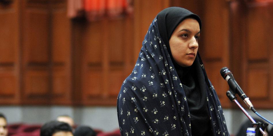 jungen im iran