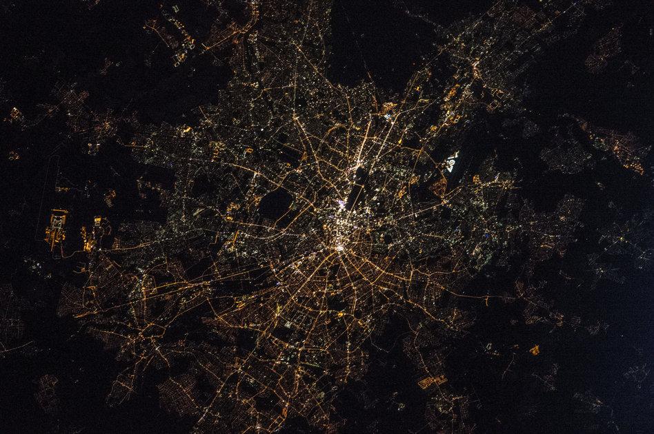 lichtverschmutzung in deutschland die zukunft liegt im dunkeln. Black Bedroom Furniture Sets. Home Design Ideas