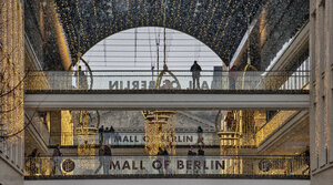 Die Glitzerwelt der Mall of Berlin im Advent