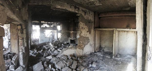 Trümmer eines zerschossenen Hauses in Deir Ezzor.