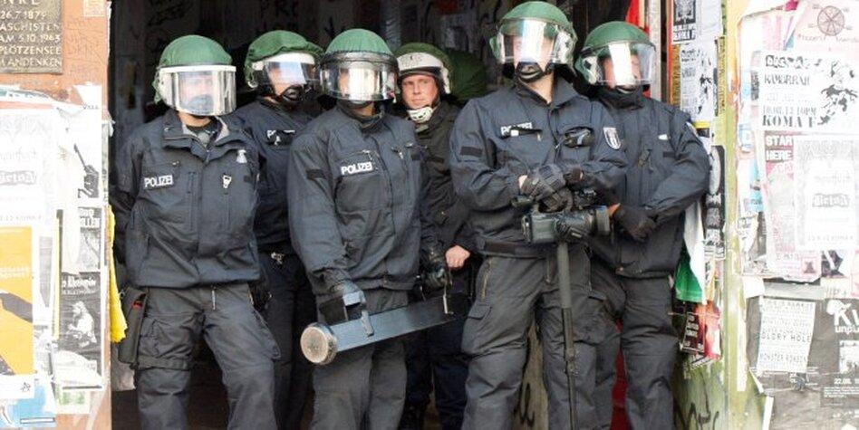 Geiler Polizist Will Nicht Verhaften