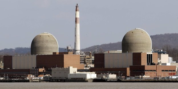 Die Atomreaktoren von Indian Point am Ufer des Hudson River.