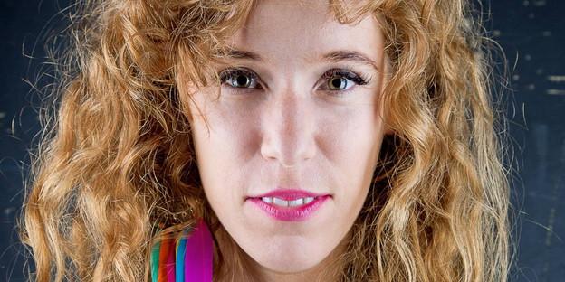 """Israelische Regisseurin <b>Yael Ronen</b>: """"Theater ist wie ein Darkroom"""" - taz.de - 21112014_YAELRONENbyESRAROTTHOFF2"""