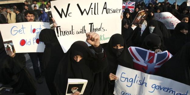 Demonstration gegen großbritannien in teheran bild dapd