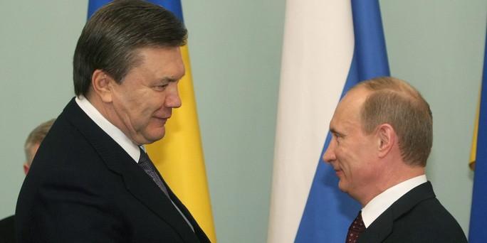 http://www.taz.de/uploads/images/684x342/Janukowitsch_und_Putin.jpg