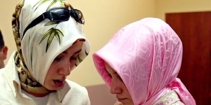 Veshjet e grave myslimane në vende të ndryshme! Kopftuch_02